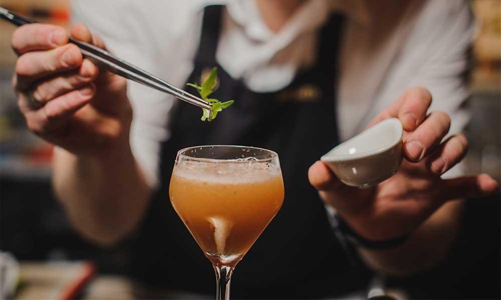 Cocktails bartenders should know