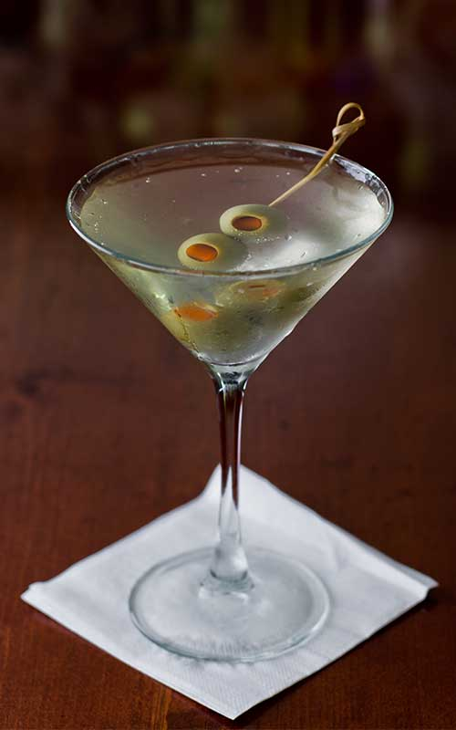 How to make a Dirty Martini Cocktail