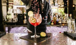How to become a professional bartender
