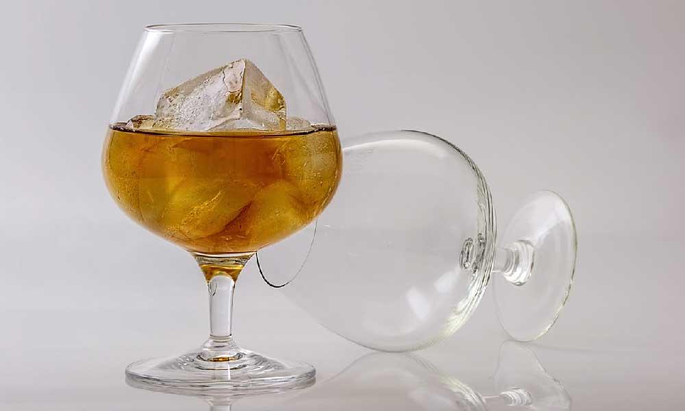 Making Grape Brandy: Aging and Blending for Better Flavor 15