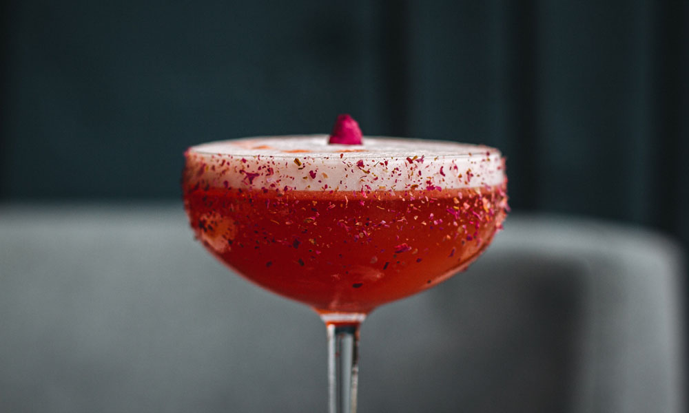 Expert Guide: Cocktails and Food Pairing Essentials 10